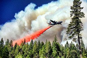 American-fire-retardantdrop