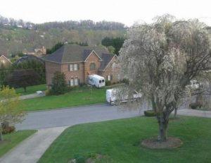 fedex-truck-in-house